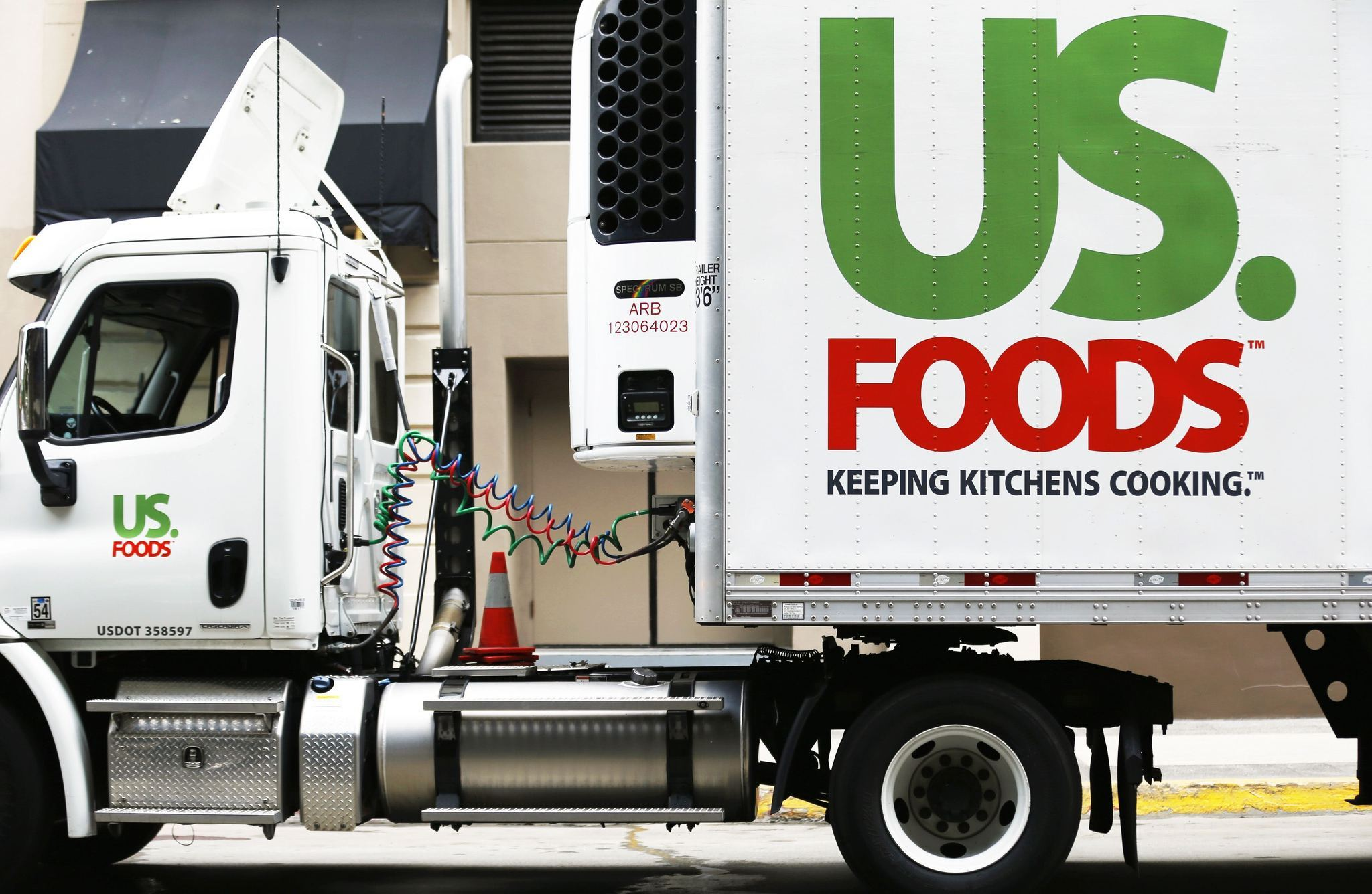 How to Start a Frozen Food Distribution Company