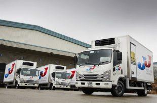 JJ Food Service Mounts 20 New Carrier Xarios 600 Refrigeration Units
